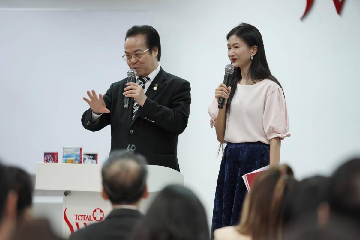 王博士による健康セミナーは大反響、トータルスイス・タイの未来は明るい圖細胞營養之1