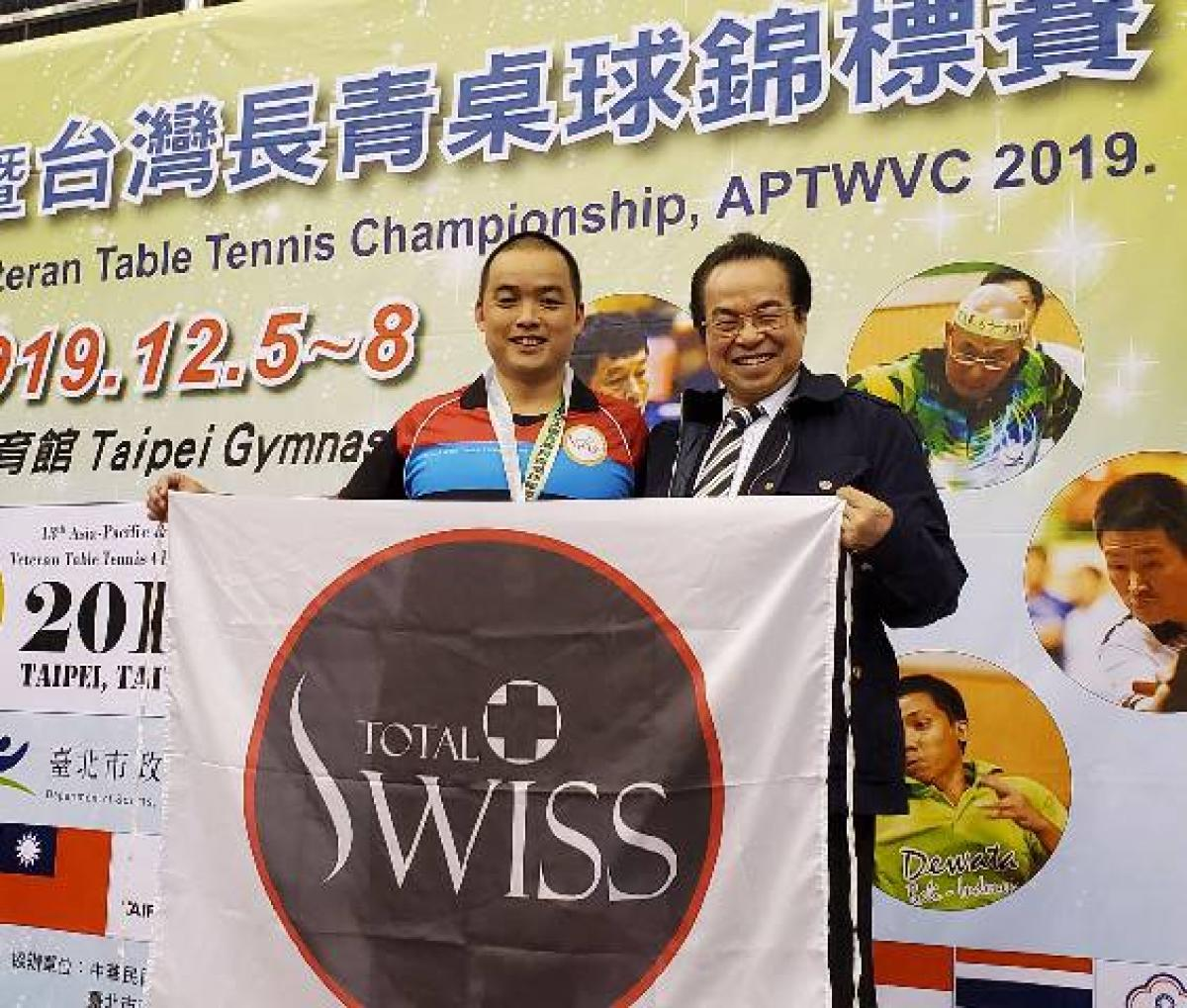 第13屆亞太盃長青桌球賽 Total Swiss 囊括男女團體及單打四個冠軍7面獎牌圖細胞營養之6