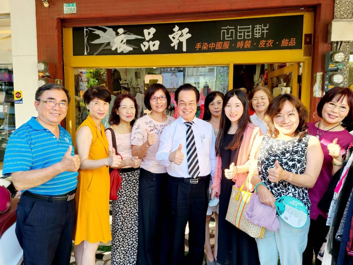 王博士走訪台南據點會見議員里長,公益理念引發共鳴、激起漣漪圖細胞營養之3